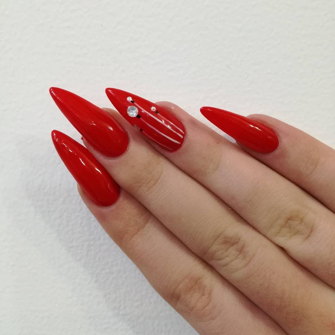 nails-manichiura